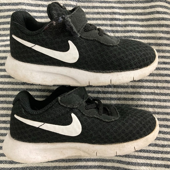 Nike Shoes   320 Baby Boy S Size 7